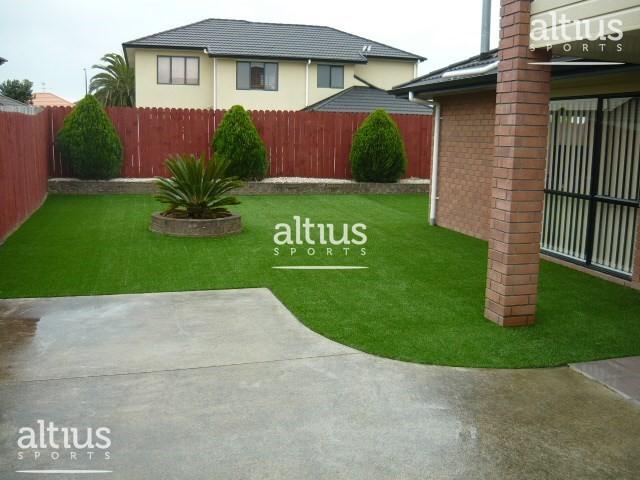 home-frontyard-lawn