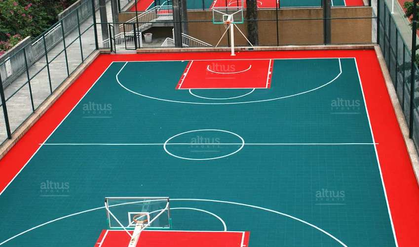 court-installation